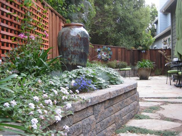 Albright-Souza A Garden Room Beckons