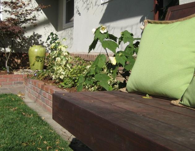 entry garden bench