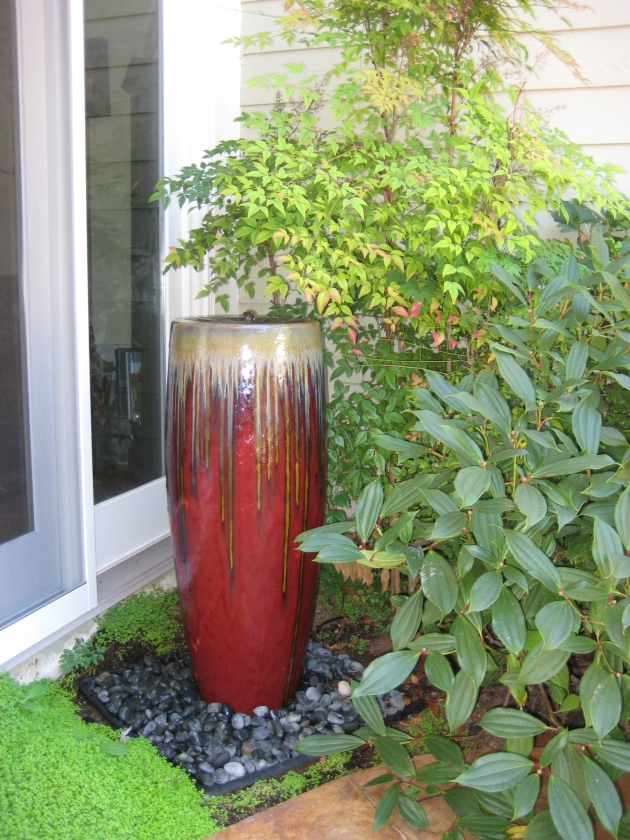SV Red Urn Fountain Asian